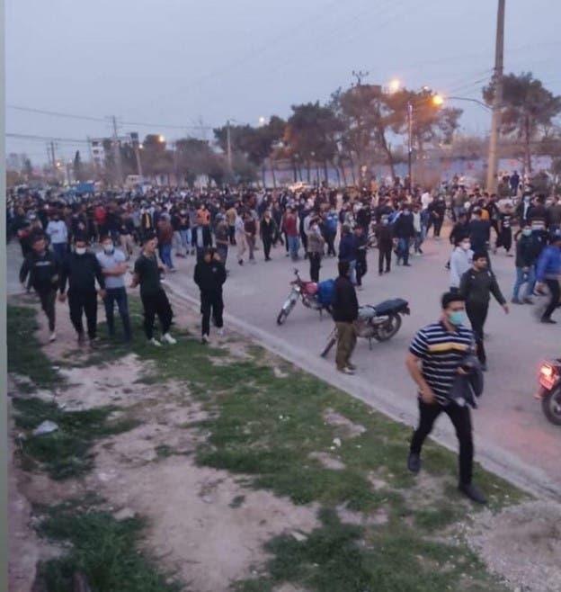 درگیریها بین نیروی انتظامی و ترکمنها در اعتراض به آزار جنسی دو کودک