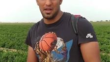 کشتیگیر ایرانی مدالآور جهان و آسیا در زمینهای کشاورزی کارگری میکند