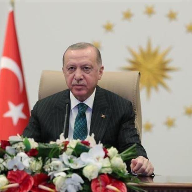 داوود أوغلو: الشعب يدفع ثمن تصفية الحسابات داخل حزب أردوغان