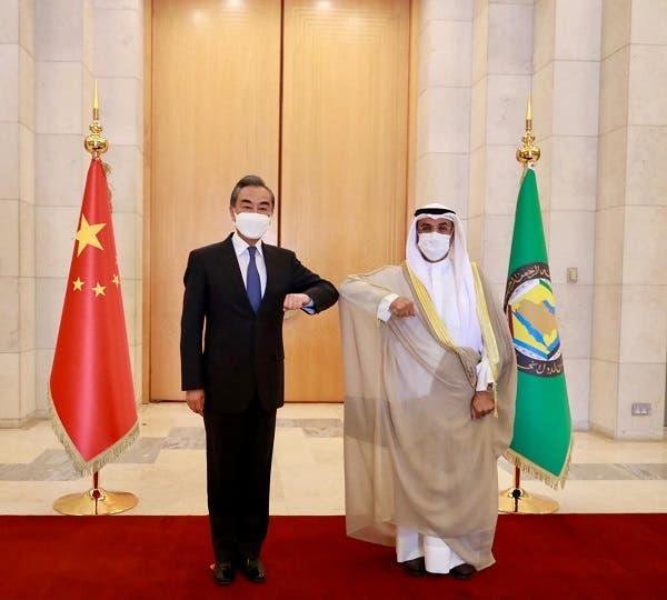 وانگ وی وزیر خارجه چین و نایف الحجرف