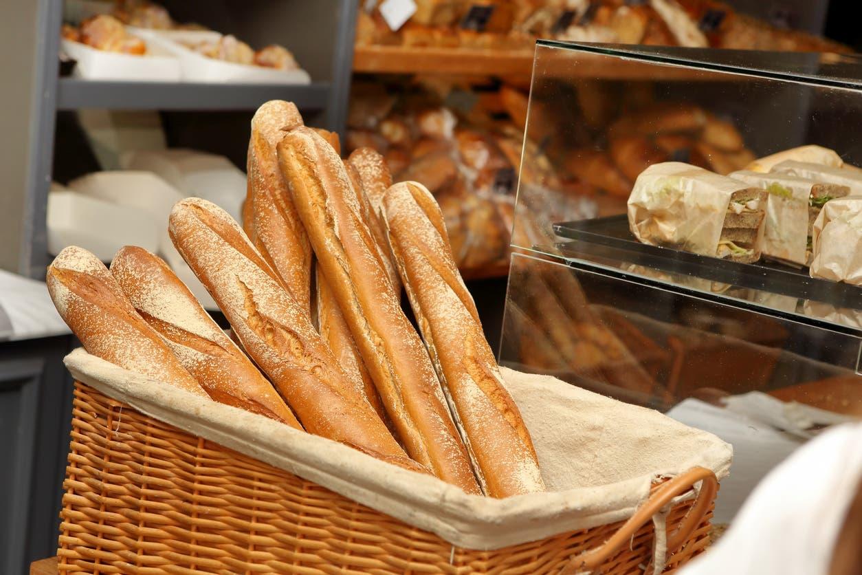 خبز الباغيت الفرنسي