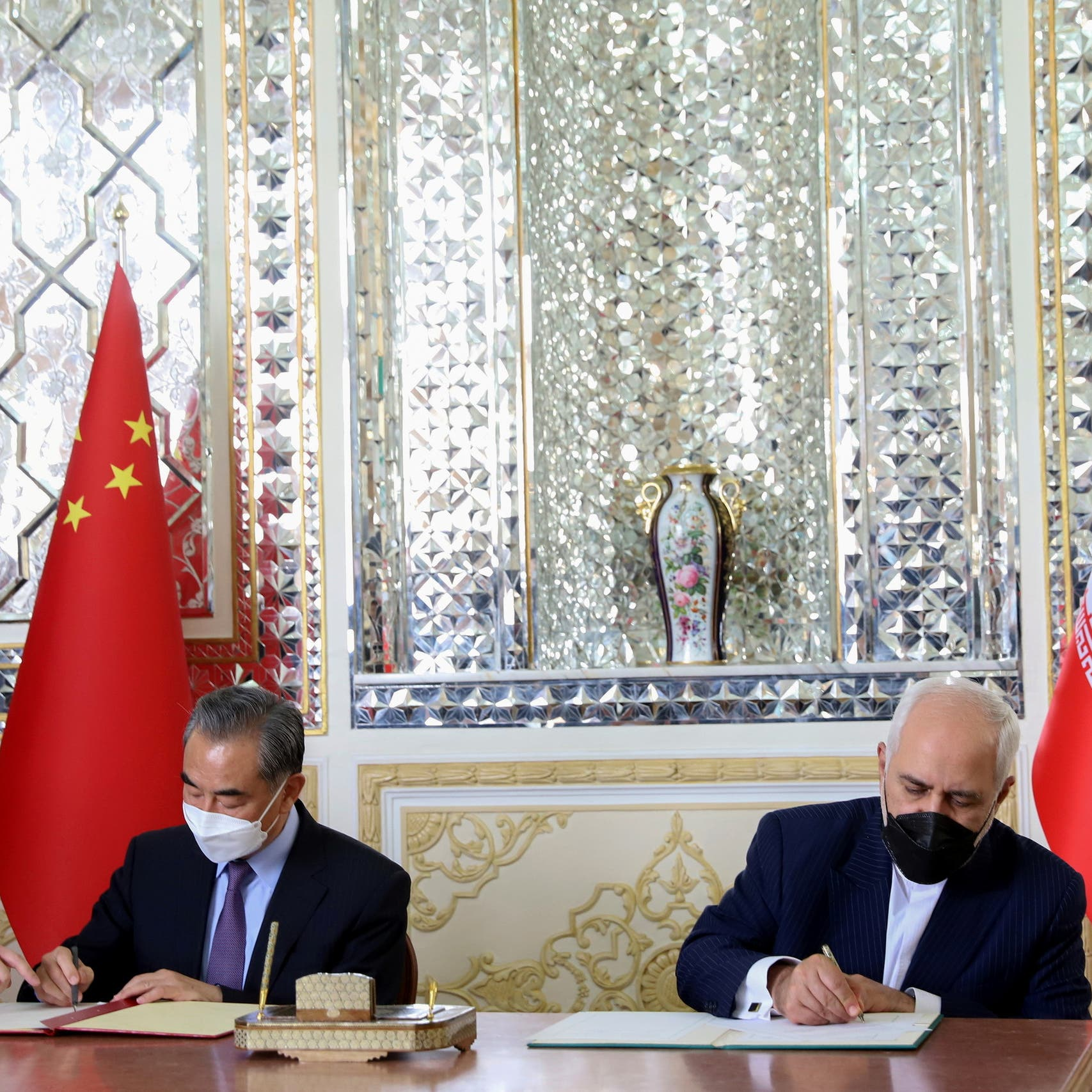 Iran turns to China with 25-year agreement