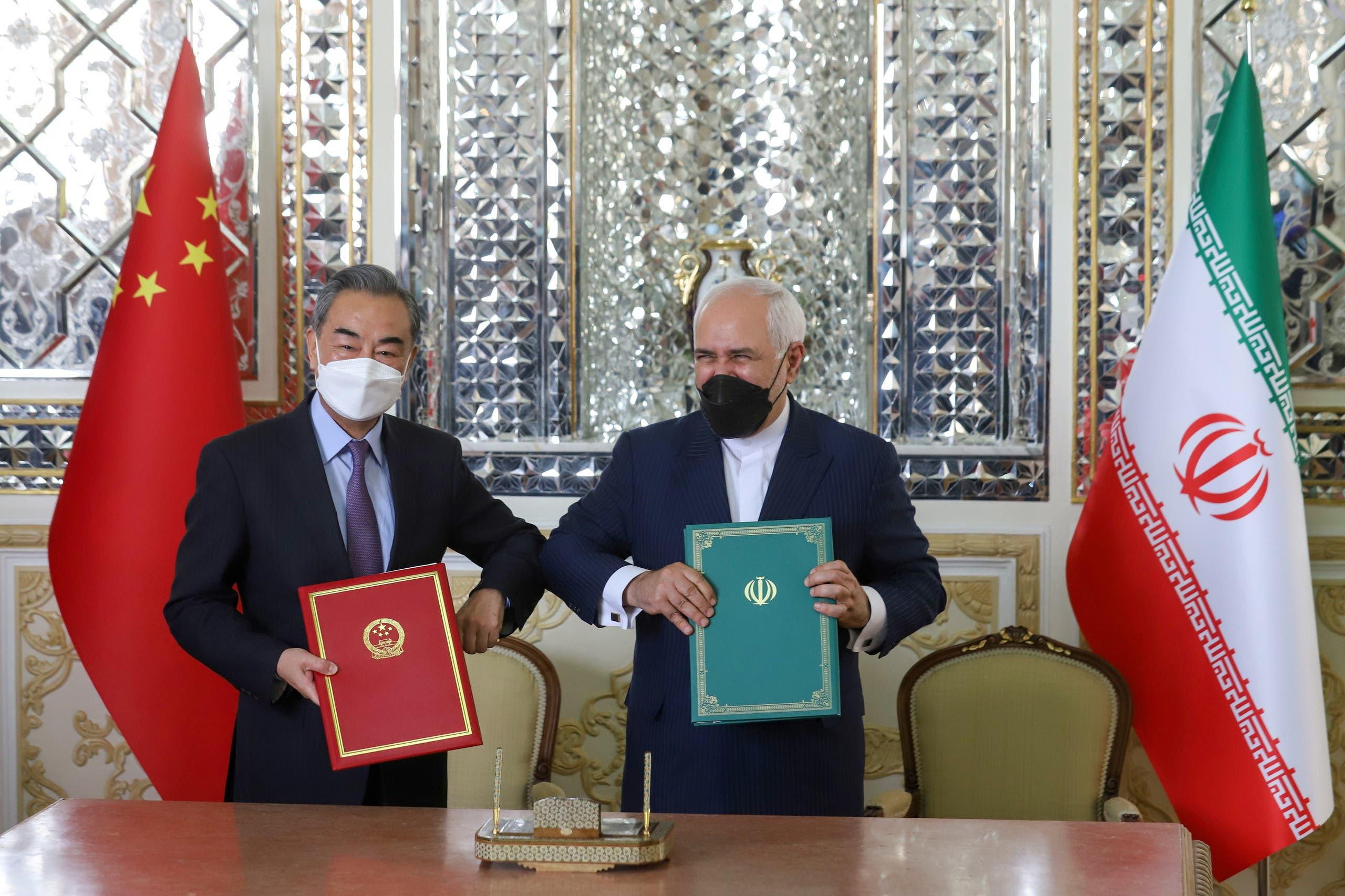 من توقيع الاتفاقية بين طهران وبكين