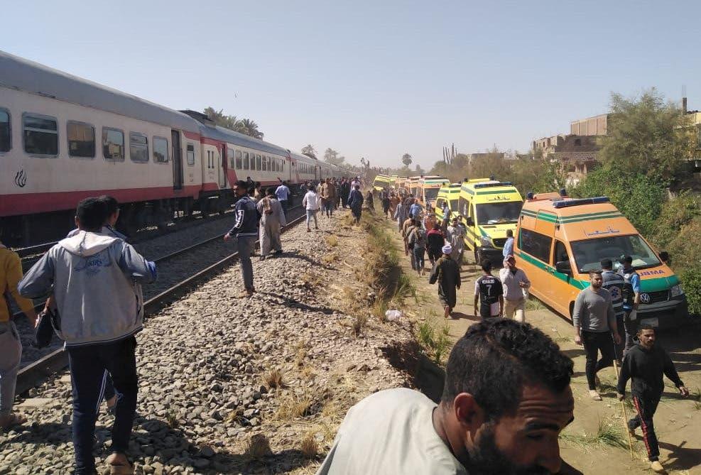 من موقع حادث قطاري سوهاج