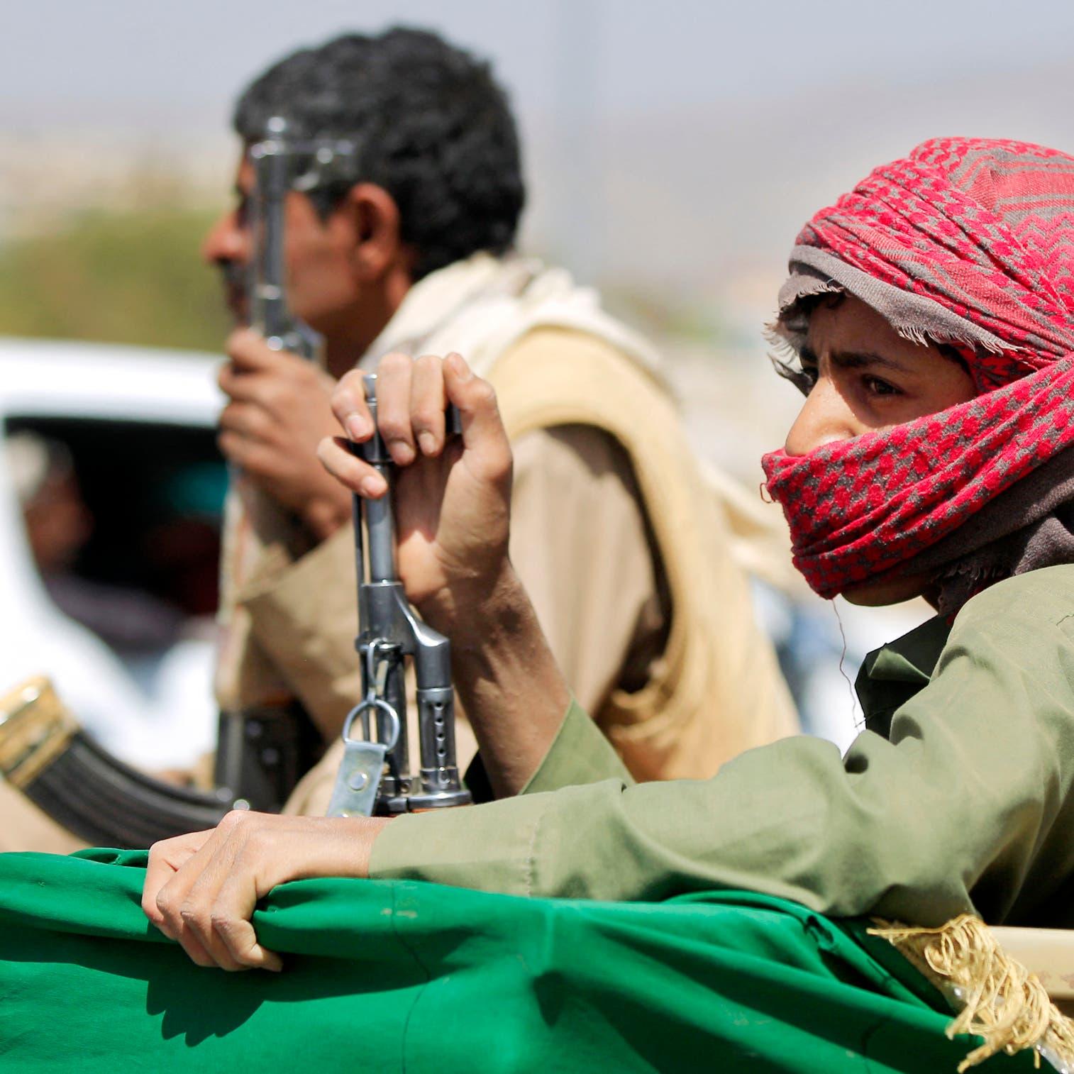 فتنة حوثية تشعل اشتباكات دامية بين قبيلتين شمال اليمن