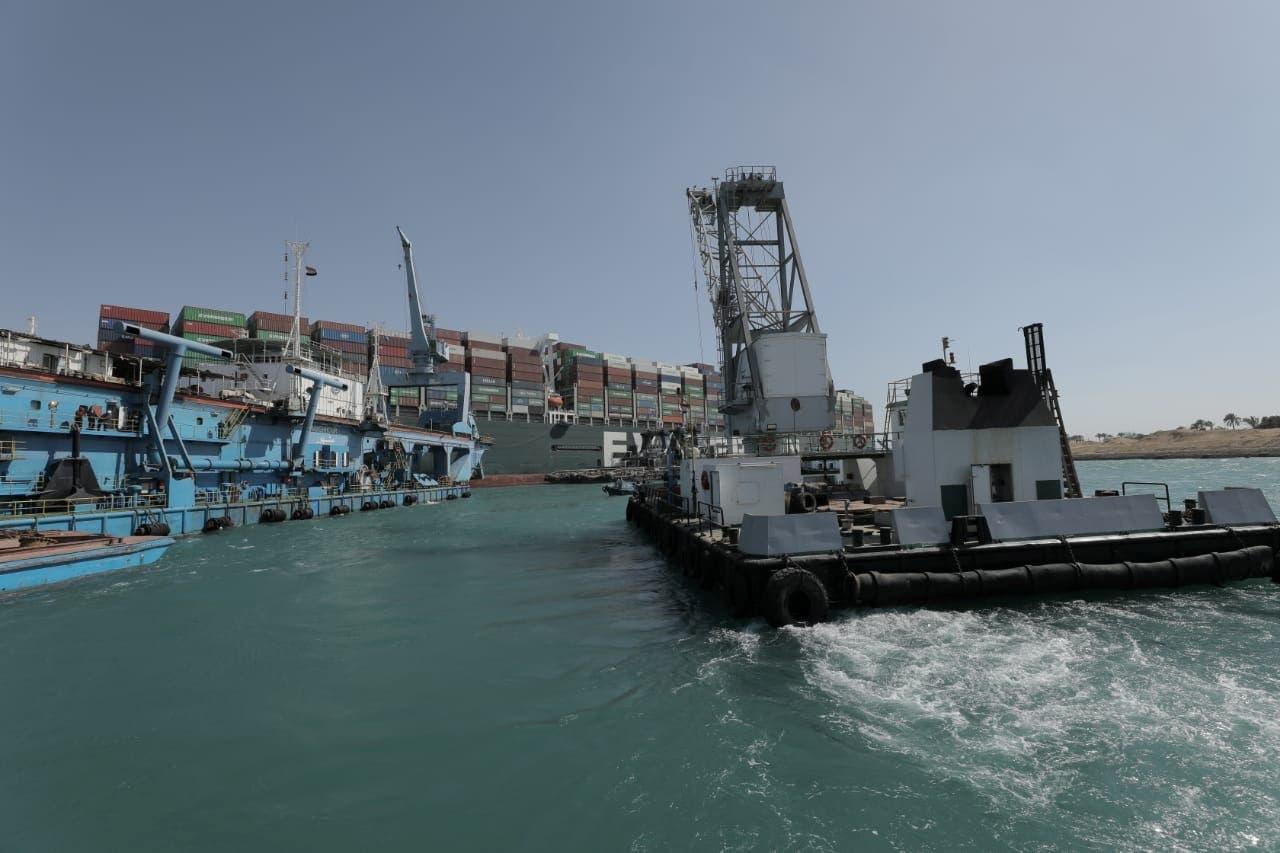 کشتی  اورگیون که در کانال سوئز به گل نشست