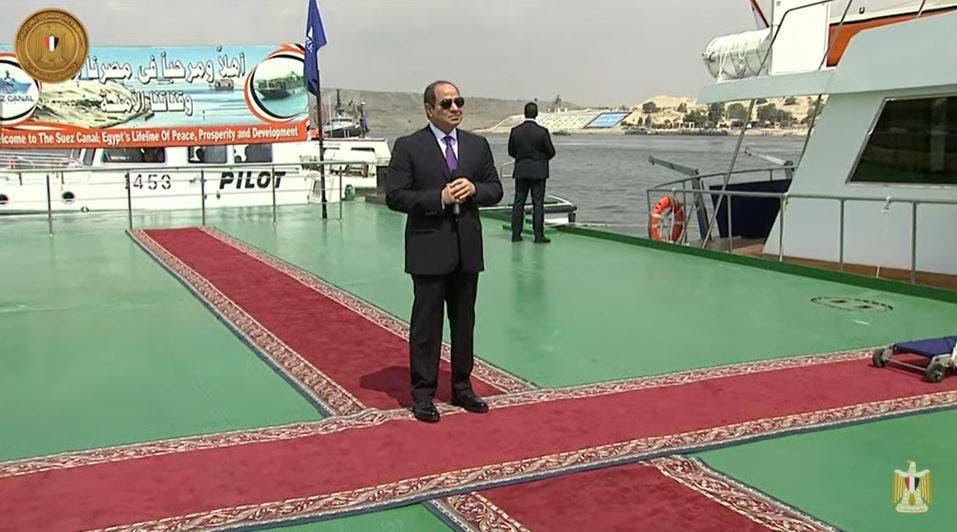السيسي خلال تفقد مرافق قناة السويس
