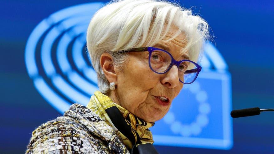 لاغارد: اقتصاد منطقة اليورو مازال على عكازين