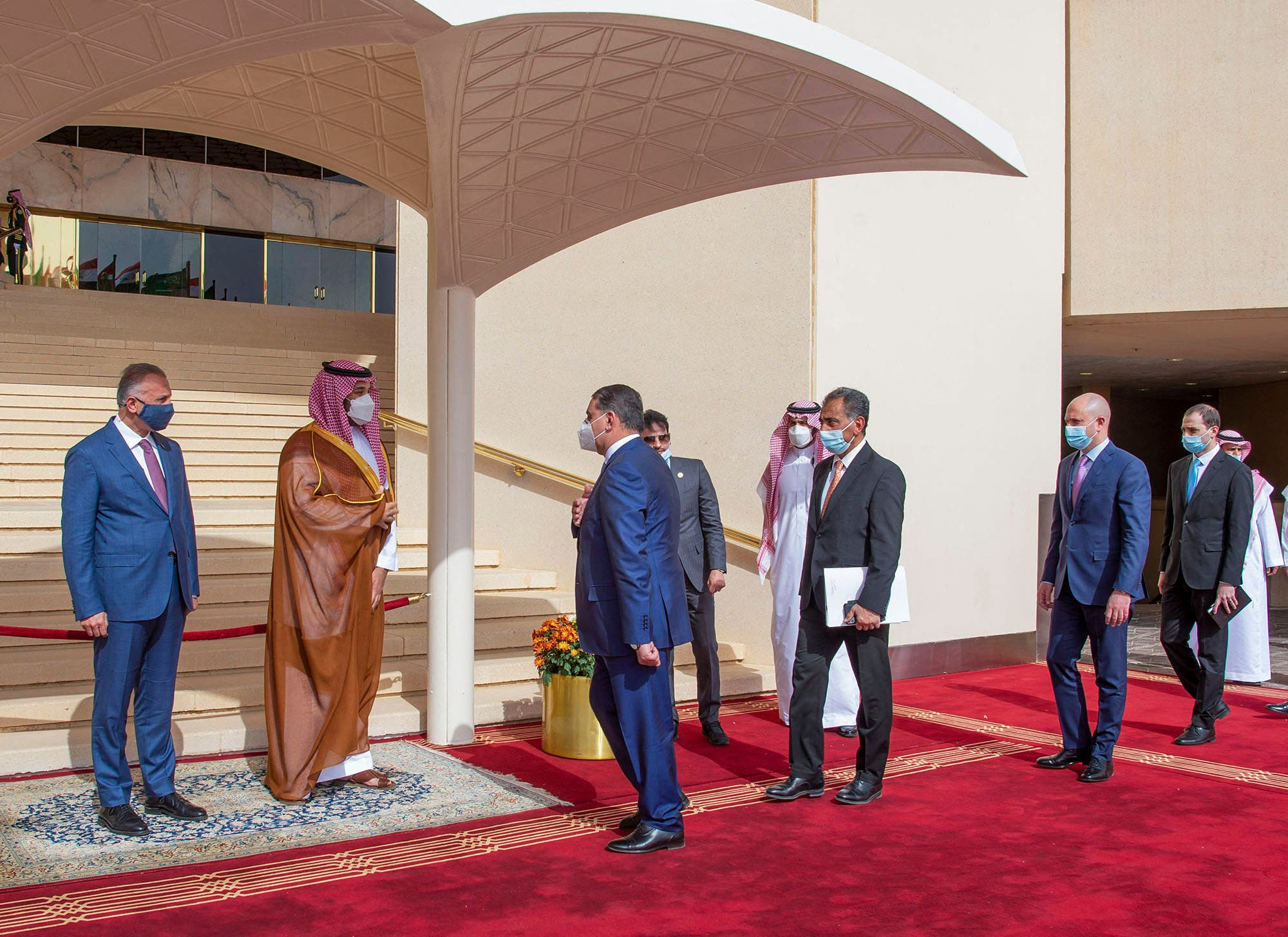 رد: ولي العهد ورئيس الوزراء العراقي يتفقان على تأسيس صندوق مشترك بقيمة 3 مل