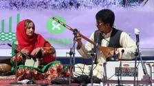 تصویری؛ برگزاری جشنواره «گل بادام» دایکندی