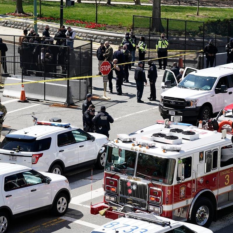 شاهد.. لحظة اقتحام مبنى الكونغرس واعتقال المهاجم