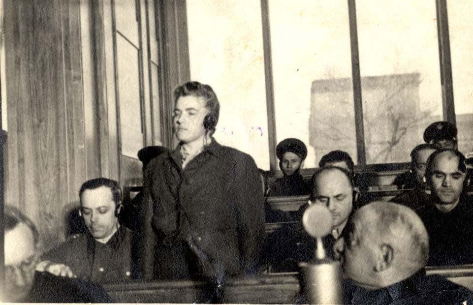 صورة لماريا ماندل أثناء محاكمتها
