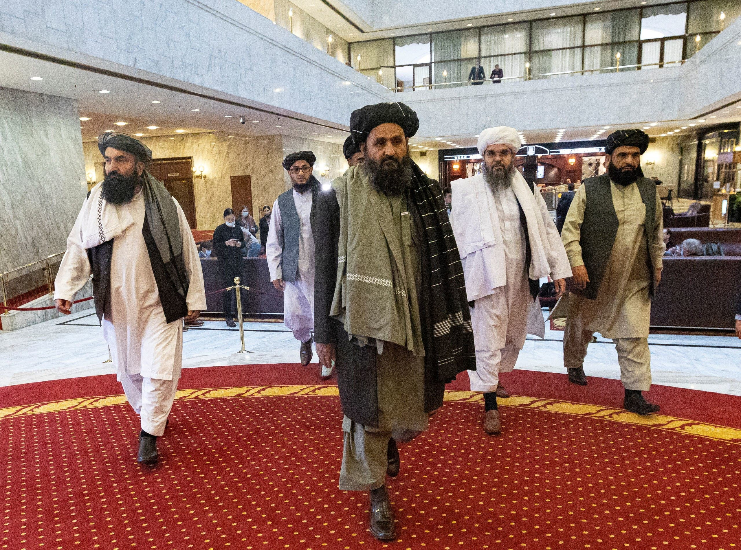 وفد أفغانستان خلال مؤتمر في موسكو في مارس الماضي حول السلام في أفغانستان