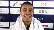 حسینبخش صفری ورزشکار افغان حریف روسیاش را در مبارزات آزاد شکست داد
