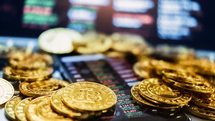 العملات المشفرة تنتظر لحظة حاسمة اليوم.. هل نشهد