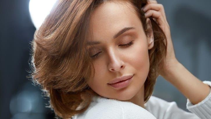 4 أقنعة منزليّة تعتني بأنواع الشعر المختلفة هذا الربيع