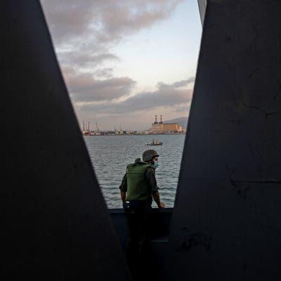 إيران تقر: سفينتنا تعرضت لهجوم في البحر الأحمر