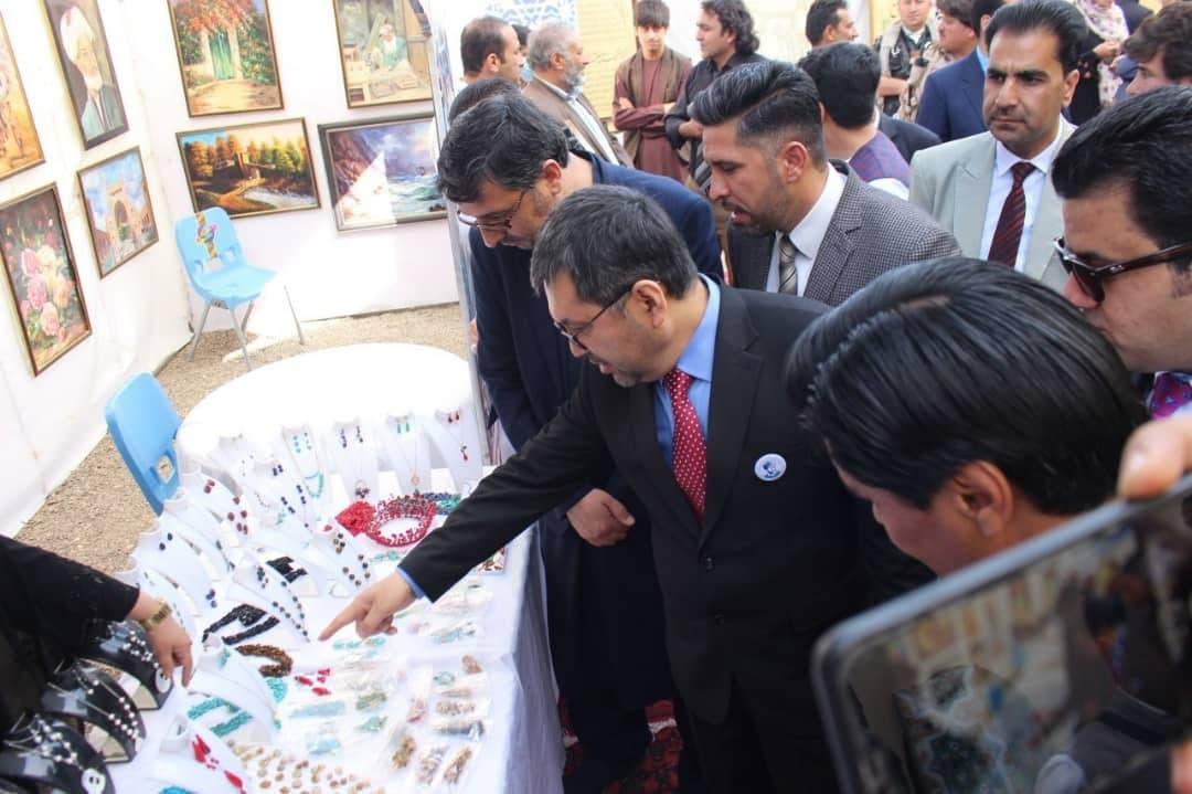 افتتاح نمایشگاه هنری و فرهنگی در هرات