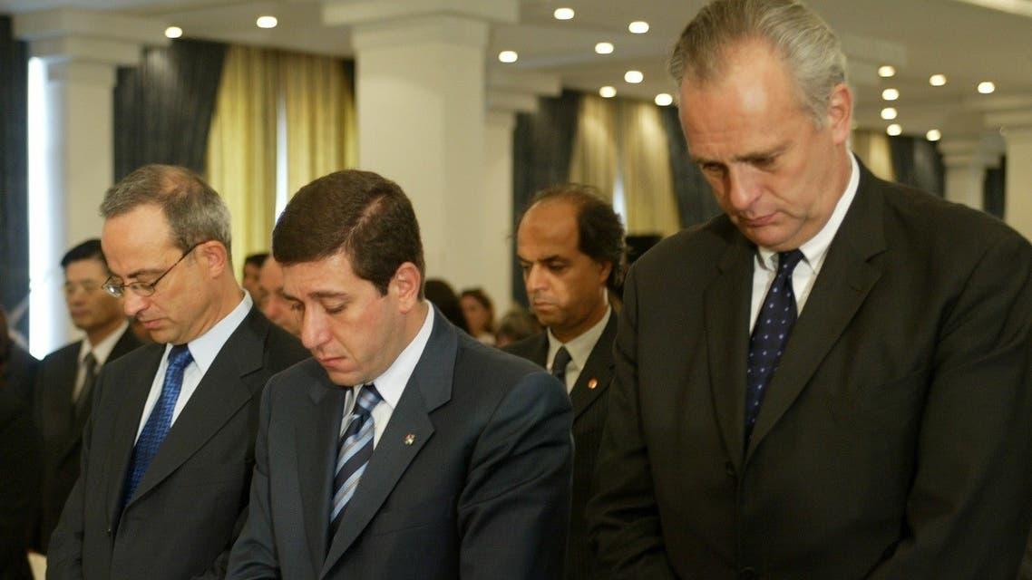 UN official Mark Malloch Brown (R), Jordanian FM Marwan al-Muasher (C) and Planning Minister Bassem Awadallah in Amman, Aug. 28, 2003. (Reuters)