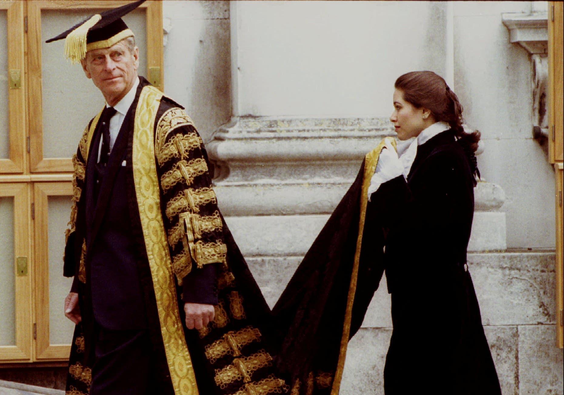 الأمير فيليب في صورة تعود لعام 1994