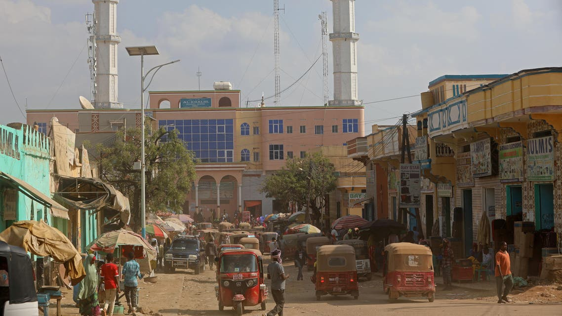 Rickshaws travel along a street of the southern city of Baidoa, Somalia November 3, 2018. Picture taken November 3, 2018. REUTERS/Feisal Omar