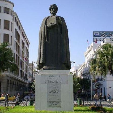 """سعيّد في مصر.. دعوات تونسية للبحث عن القبر """"الضائع"""" لابن خلدون"""