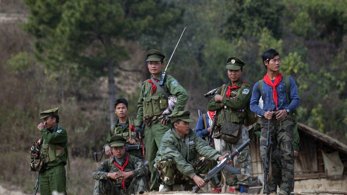 ميانمار.. فصيل متمرد يسيطر على قاعدة عسكرية وتخوف من الرد