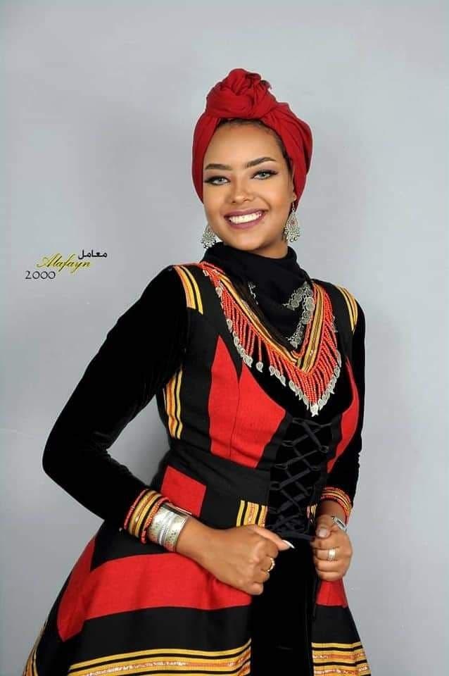 Yemeni model and actress Entisar al-Hammadi. (Twitter)