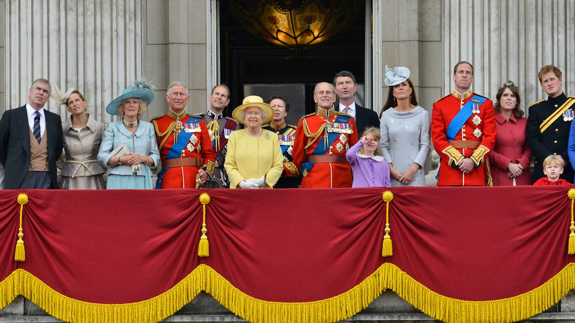 Members of Britain's Royal family (L-R) Prince Andrew, Sophie, Countess of Wessex, Camilla, Duchess of Cornwall, Prince Charles, Prince Edward, Queen Elizabeth, Princess Anne, Prince Philip, Tim Lawrence, Louise Windsor, Catherine, Duchess of Cambridge, Prince William, Princess Eugenie and Prince Harry, stand on the balcony of Buckingham Palace following the Trooping the Colour ceremony in central London June 16, 2012. (Reuters)