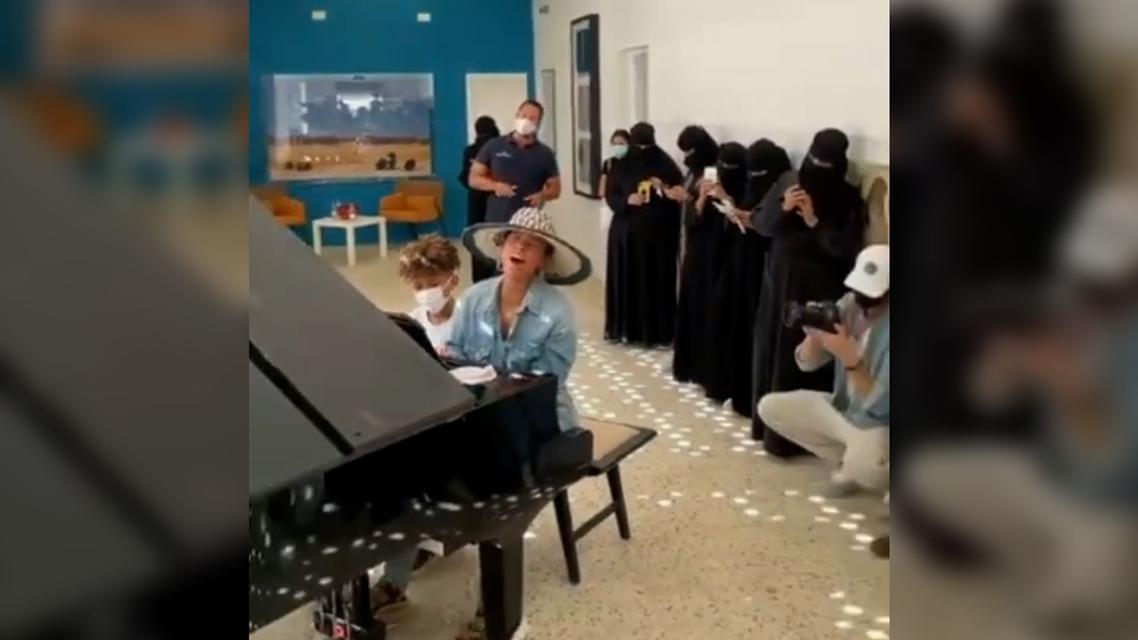 Alicia Keys performs at a school in Saudi Arabia's AlUla. (Screengrab)