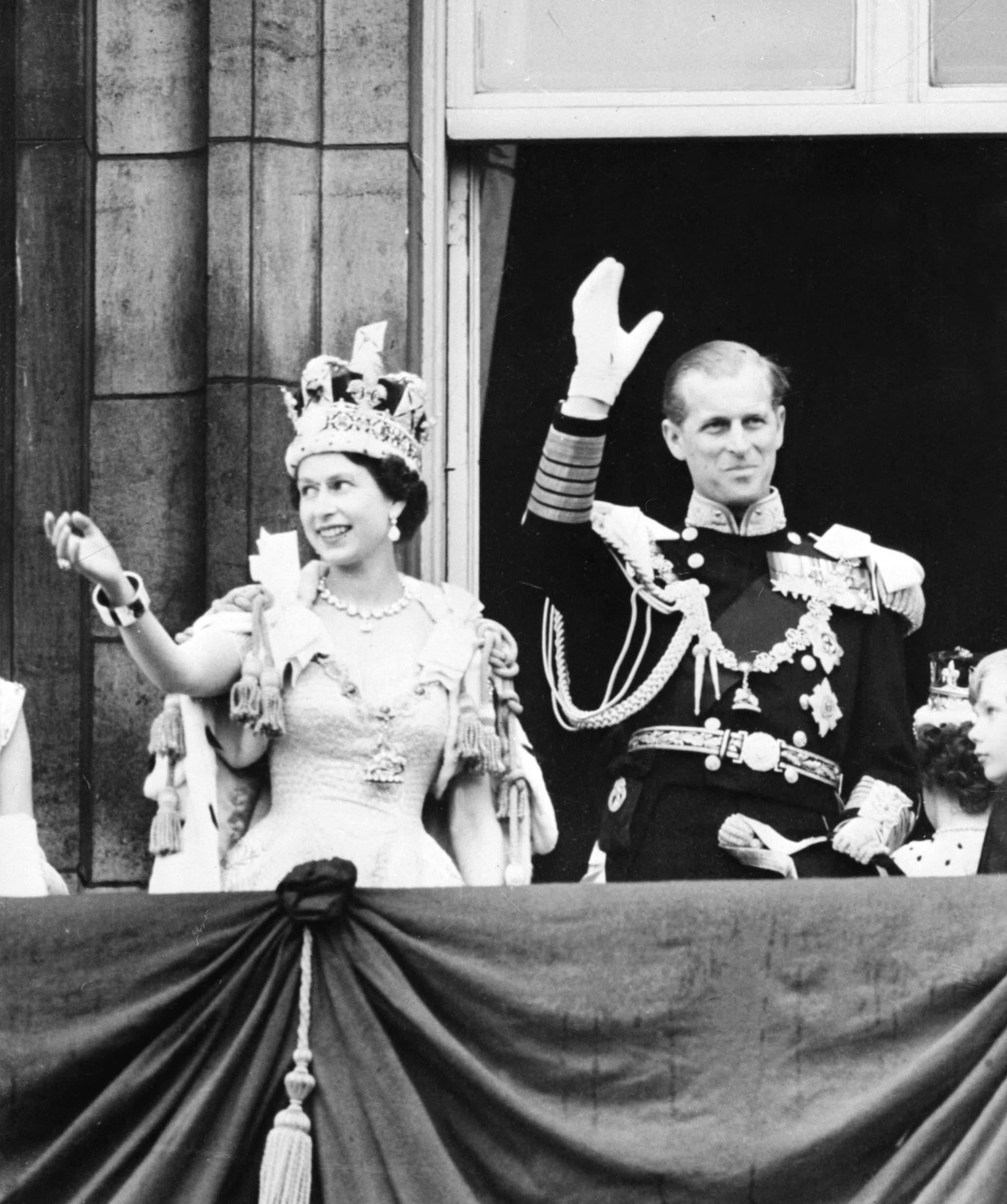 الأمير فيليب والملكة إليزابيث في شبابهما