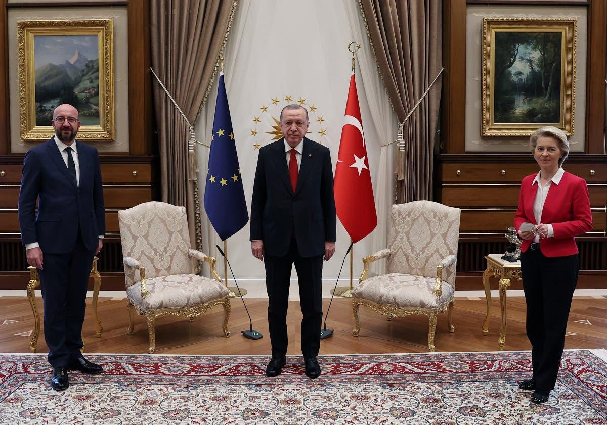 اللقاء الثلاثي في أنقرة الذي تسبب بموقف محرج لفون دير ليين