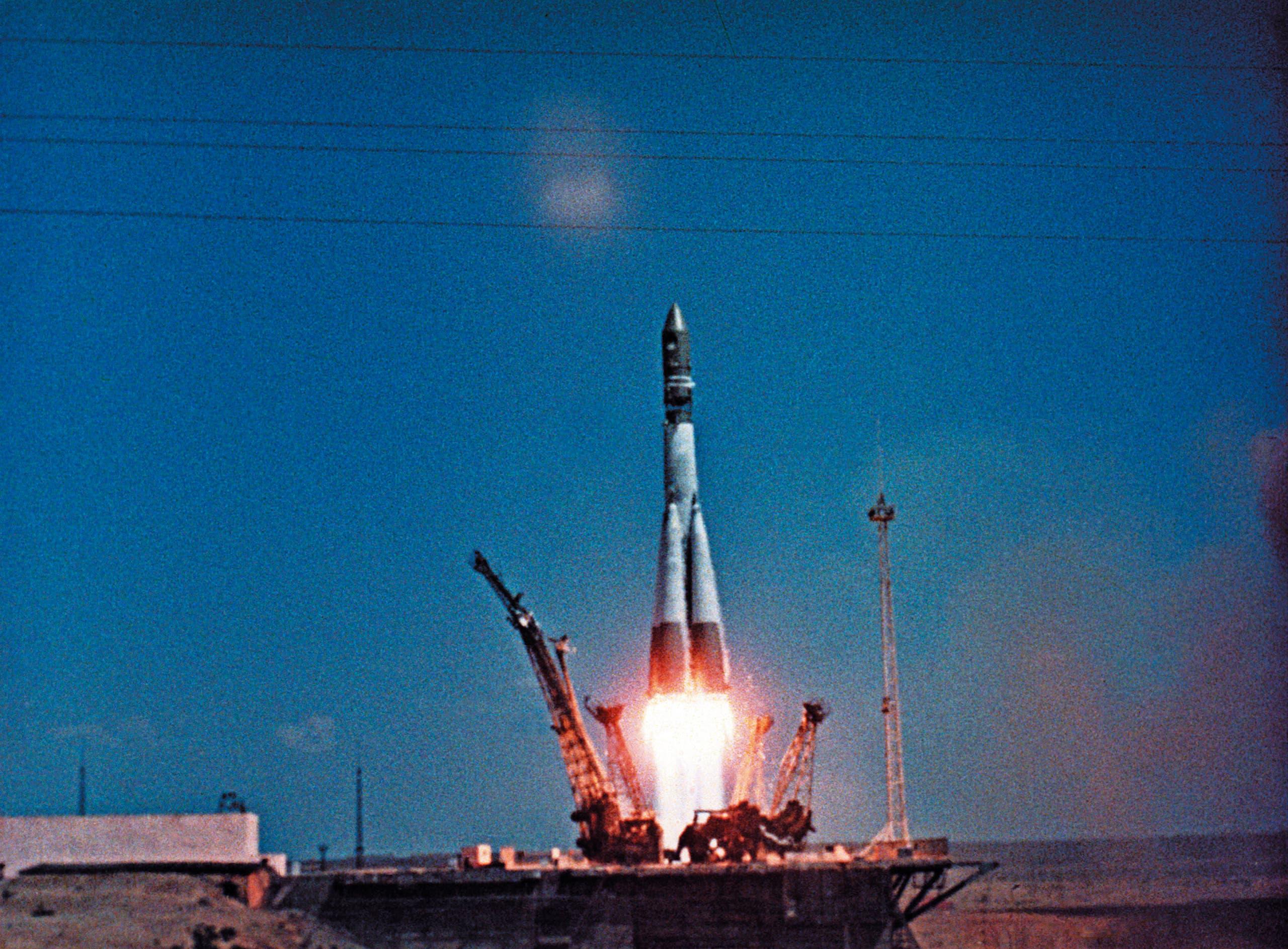 من إطلاق أول رحلة مأهولة بالبشر إلى الفضاء في 12 ابريل 1961