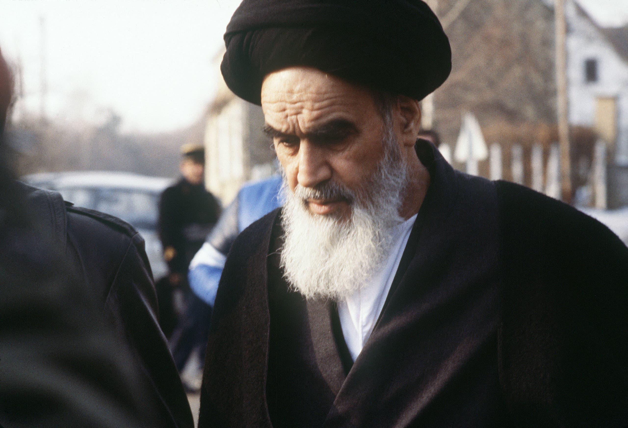 مؤسس النظام الإيراني الحالي روح الله الخميني