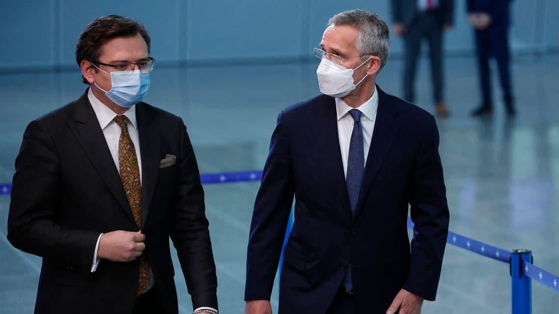 أمين عام حلف الناتو ووزير خارجية أوكرانيا