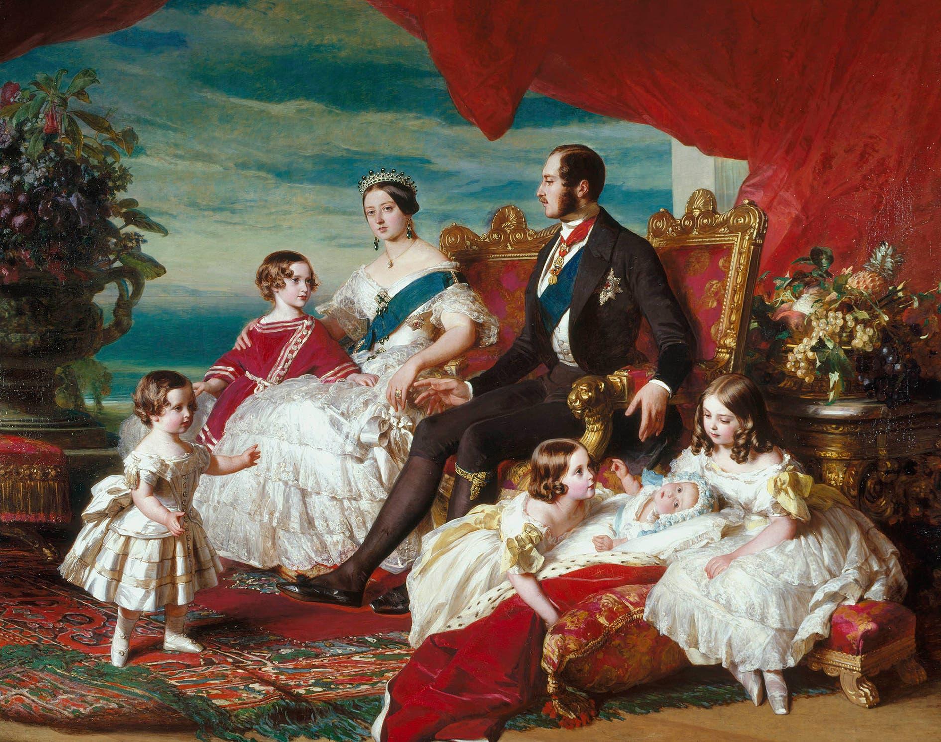 لوحة تجسد الملكة فكتوريا محاطة بزوجها الأمير ألبرت وعدد من أطفالها