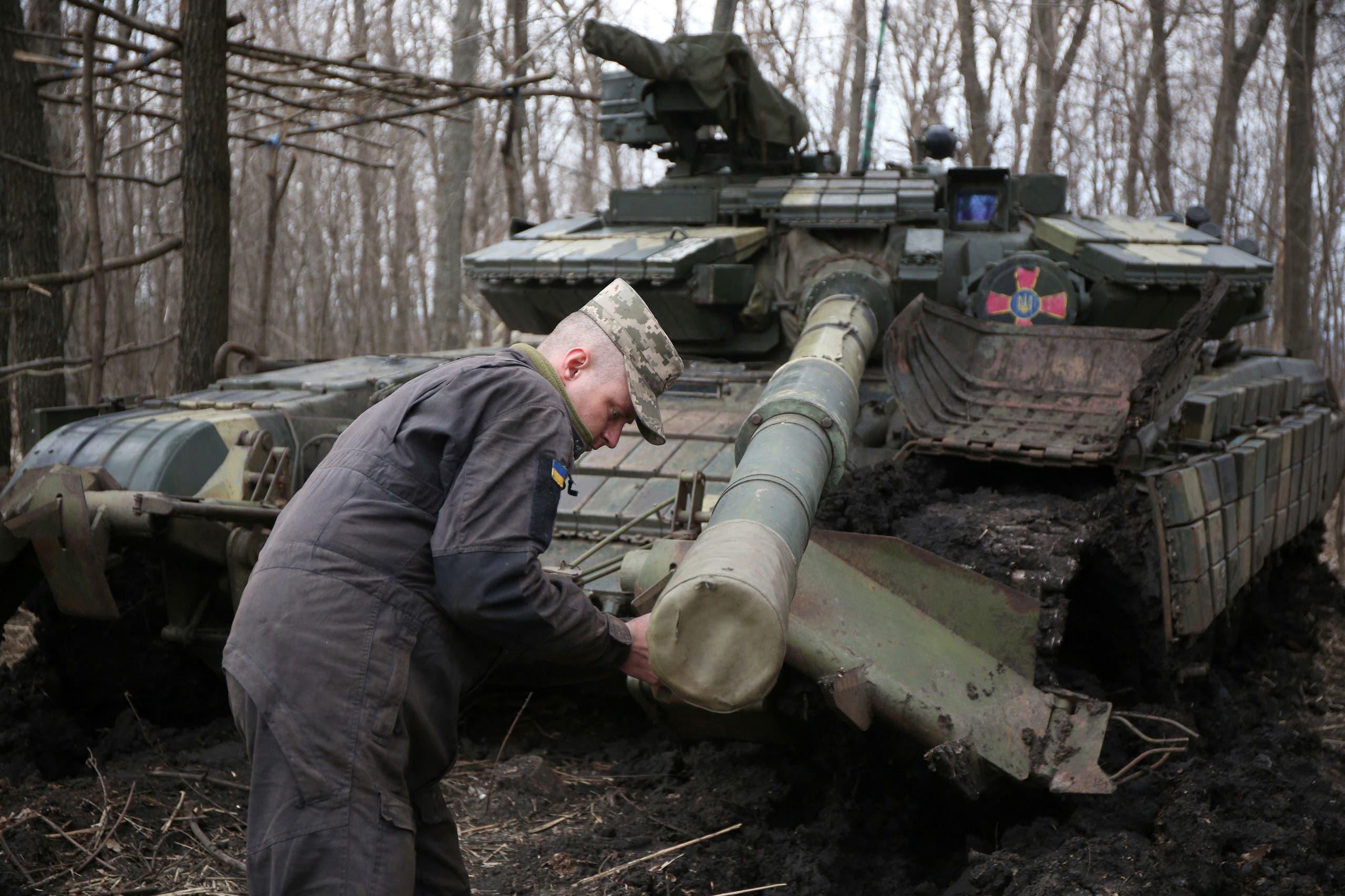 مدرعة من الجيش الأوكراني