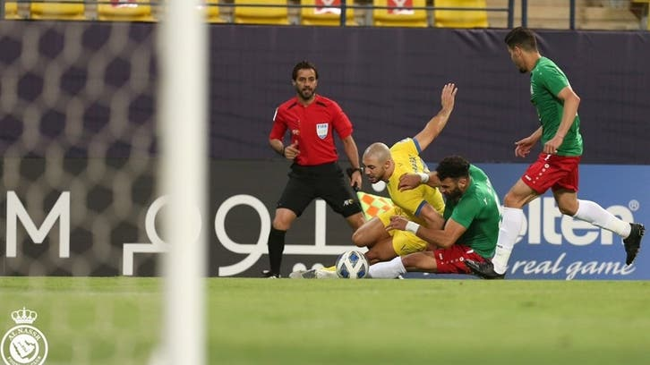 النصر يخرج من مباراة الوحدات بتعادل مخيب
