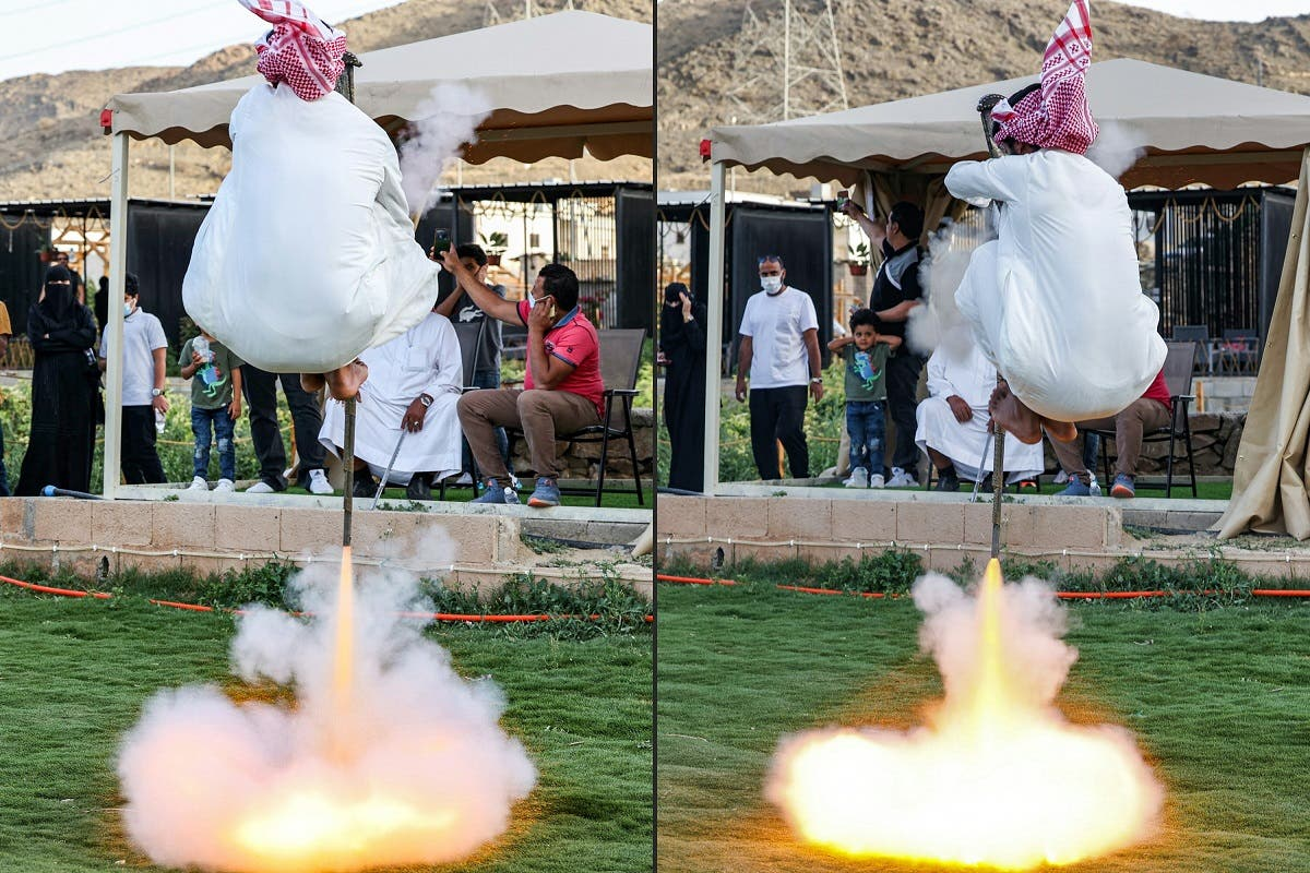 Taashir is a war dance performed by carrying a weapon stuffed with gunpowder, which turns into a flame under the feet of the performer when he embraces the sky. The people of Taif still preserve this traditional dance and try to keep it alive among different generations. (AFP)