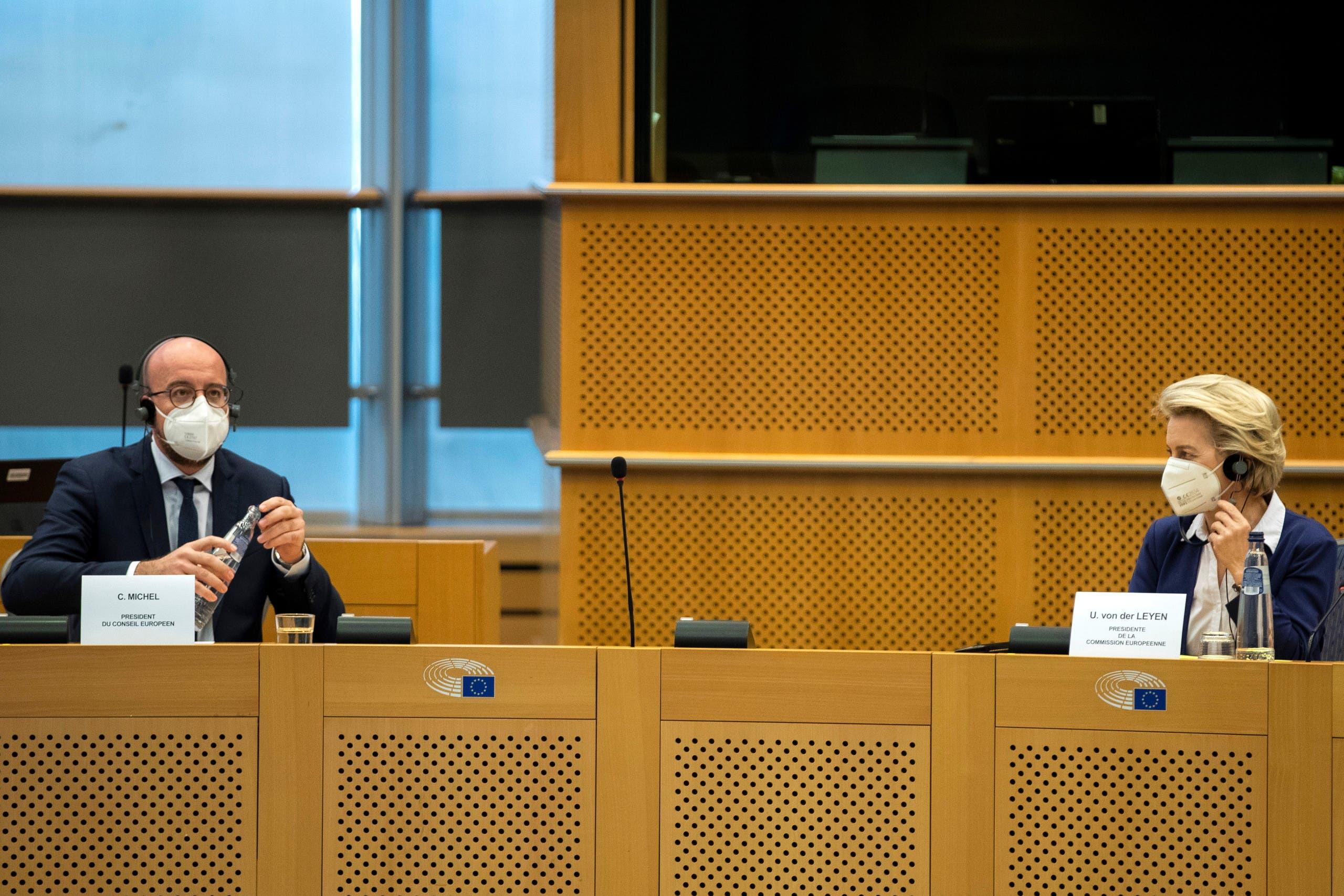 فون دير ليين وميشال في جلسة الاستماع لهما في البرلمان الأوروبي