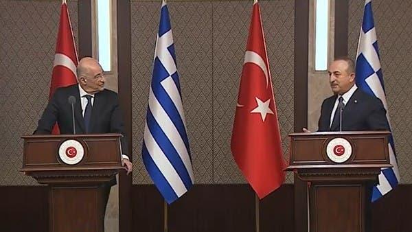 في سجال مباشر.. اتهامات متبادلة بين وزير خارجية تركيا واليونان