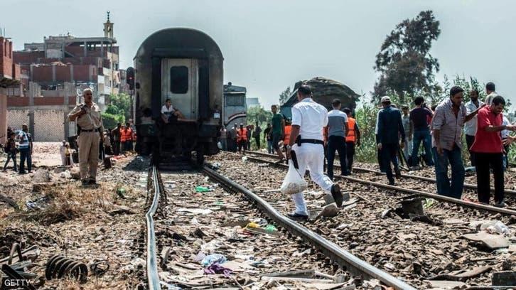 مصر میں مسافر ٹرین پٹڑی سے اتر گئی، متعدد مسافر زخمی