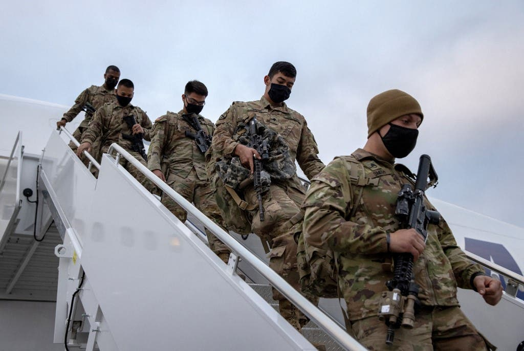 US soldiers return after their service in Afghanistan back home - World News