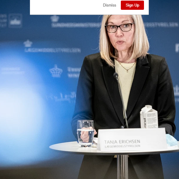 فيديو مروع.. مسؤولة أوروبية تنهار متحدثة عن أسترازينيكا