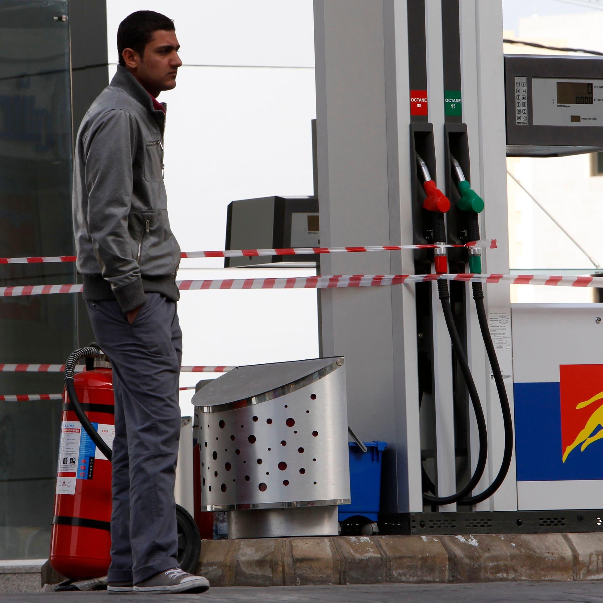 """وقود لبنان """"يتبخّر"""".. وأصابع الاتهام تتجه نحو الجارة سوريا!"""