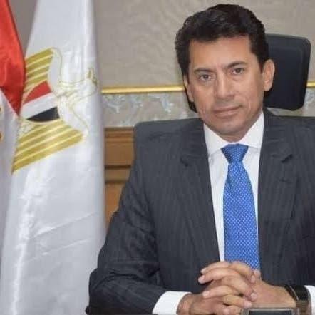 وزير مصري يتعرض لحادث سير خلال جولة تفقدية