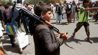 الإرياني: تجنيد الحوثيين للأطفال يشكّل جريمة إبادة جماعية