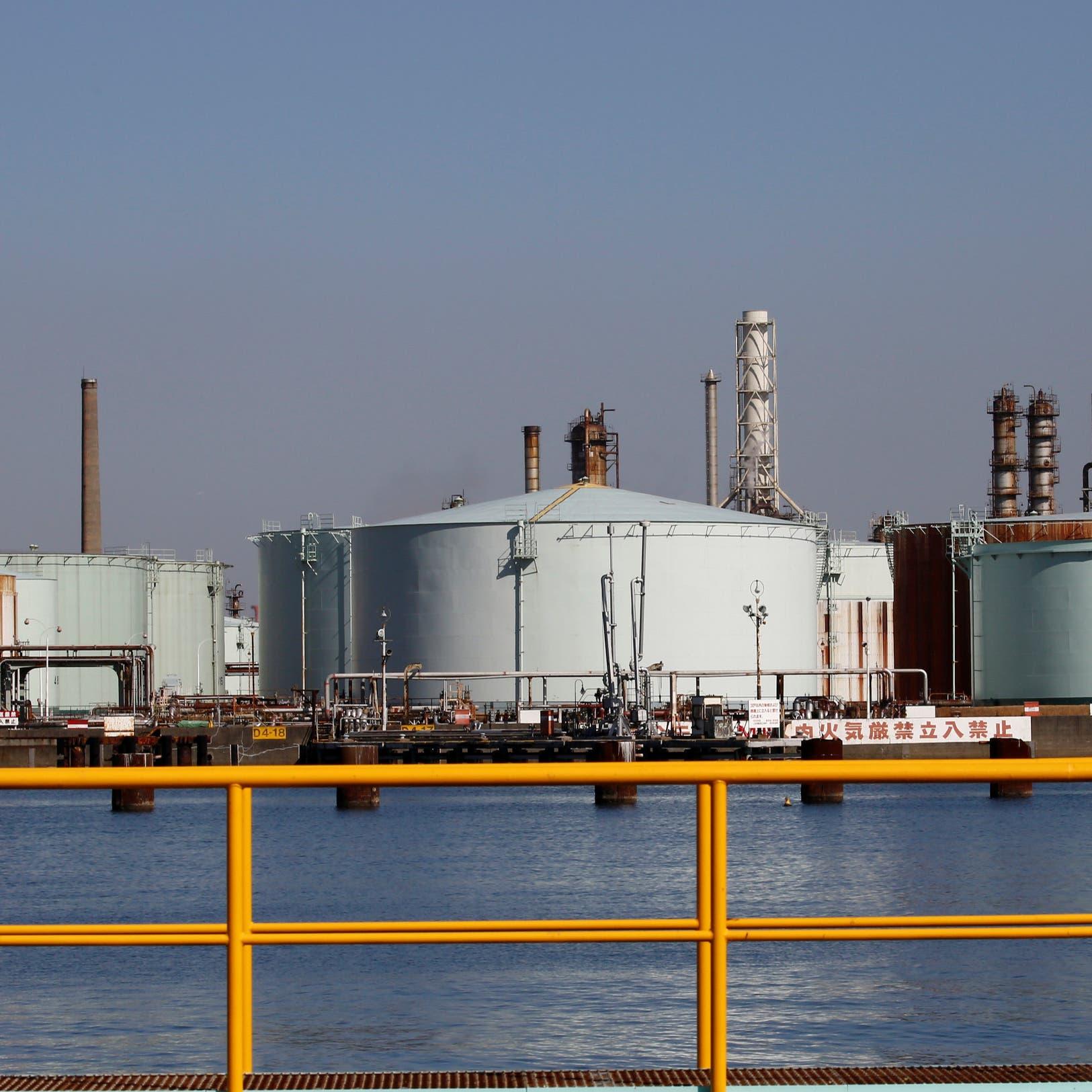 واردات رابع أكبر مشترٍ للنفط في العالم تتراجع