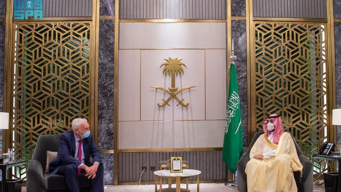 الأمير محمد بن سلمان بن عبدالعزيز ولي العهد نائب رئيس مجلس الوزراء وزير الدفاع اليوم المبعوث الخاص لرئيس الوزراء البريطاني لمنطقة الخليج إدوارد ليستر