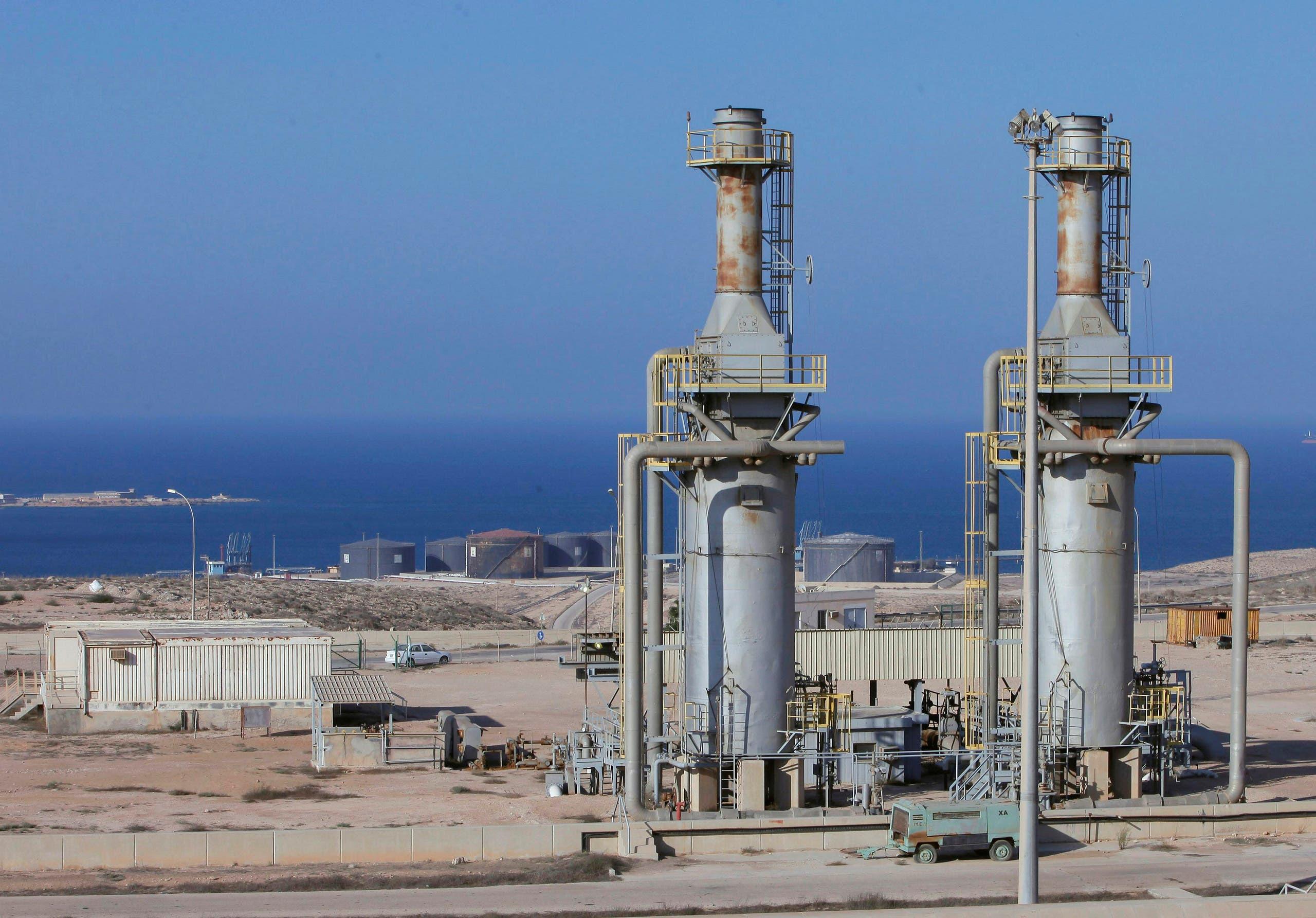 ميناء الحريقة النفطي (أرشيفية)